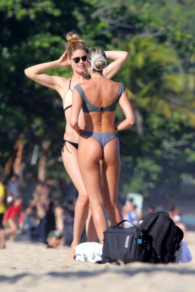 Candice Swanepoel And Doutzen Kroes In Bikini 2018 36