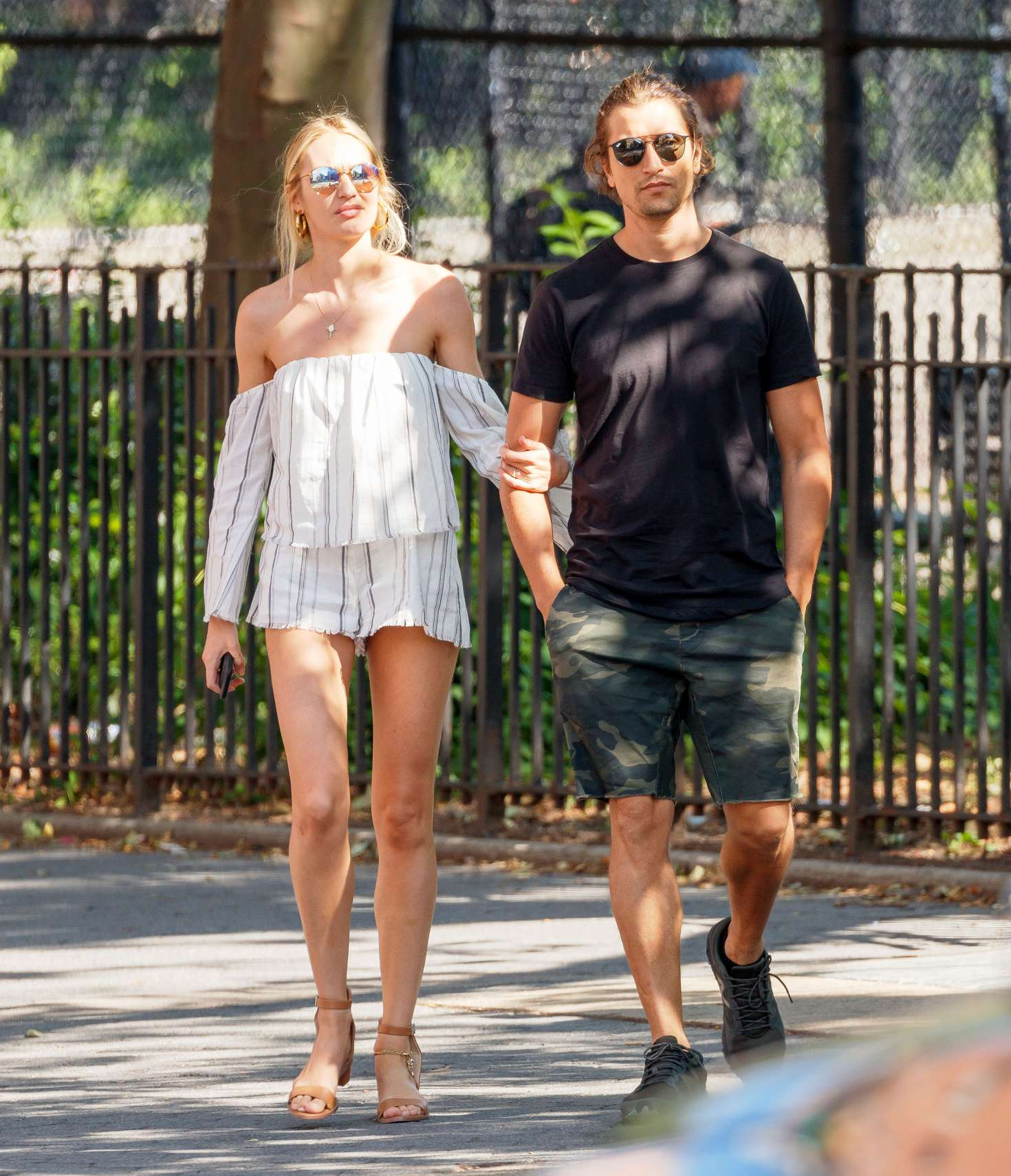 candice swanepoel and hermann nicoli out in new york 04