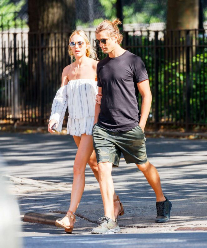 candice swanepoel and hermann nicoli out in new york 36