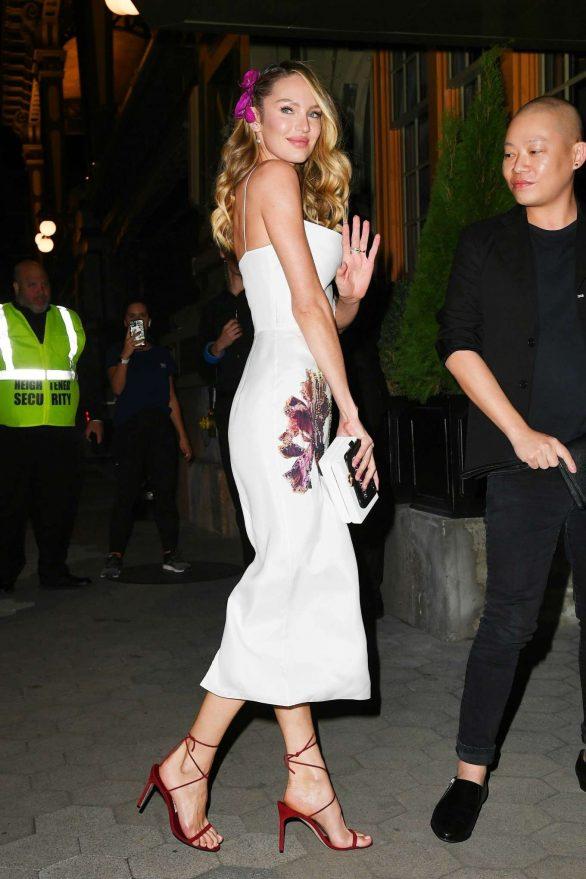 Candice Swanepoel 2019 : Candice Swanepoel – Arrives at CFDA Vogue Fashion Fund 2019 Awards-02