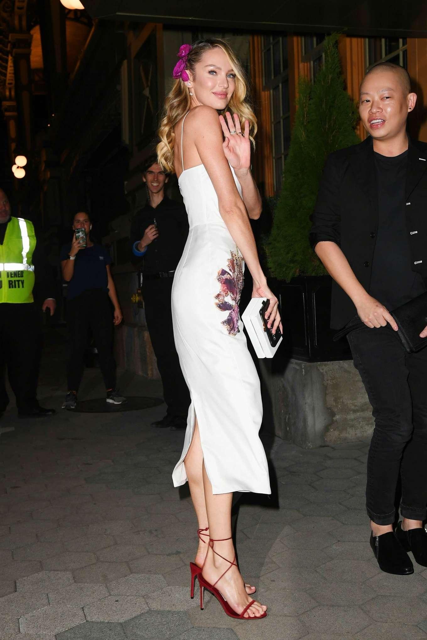 Candice Swanepoel 2019 : Candice Swanepoel – Arrives at CFDA Vogue Fashion Fund 2019 Awards-05