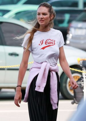 Candice Swanepoel - Arrives in Espirito Santo
