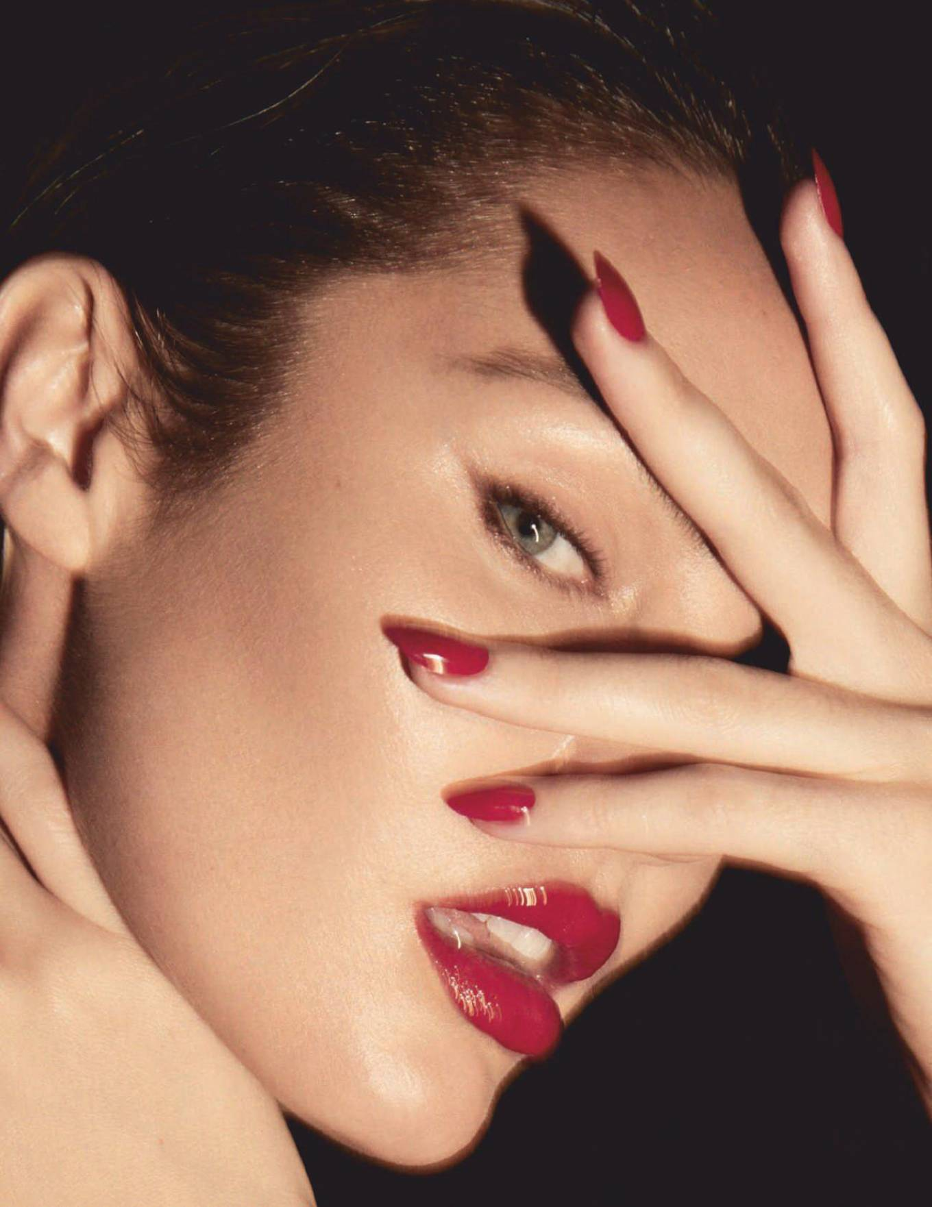 Candice Swanepoel 2020 : Candice Swanepoel – For Harpers Bazaar Magazine (Spain – October 2020 issue)-05