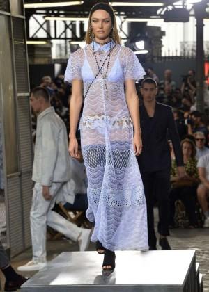 Candice Swanepoel: Givenchy 2016 Fashion Show -01