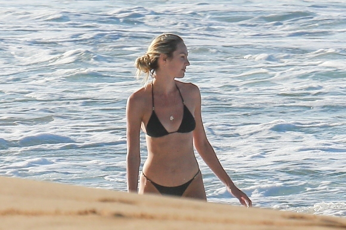Candice Swanepoel 2017 : Candice Swanepoel in Black Bikini 2017 -16