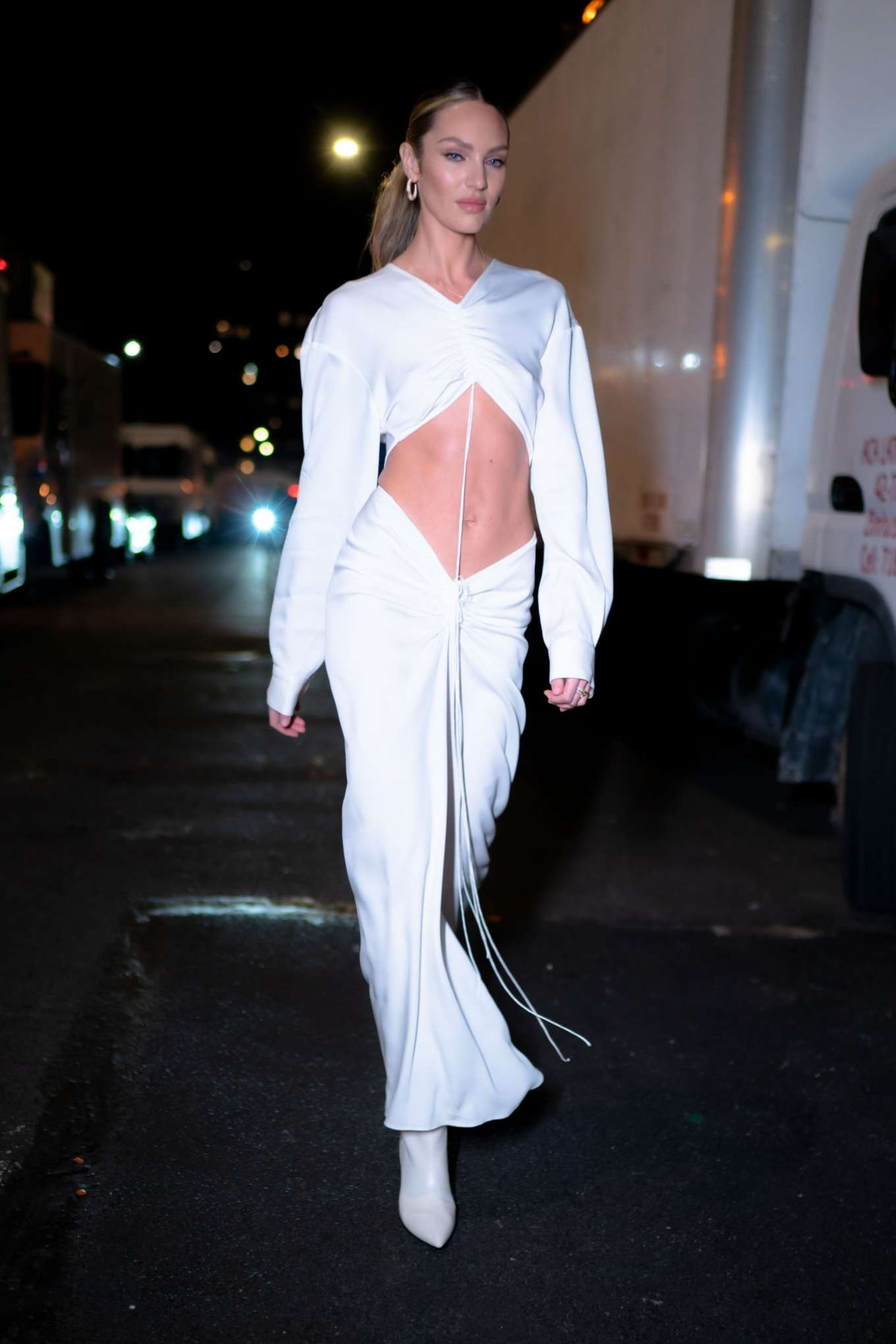 Candice Swanepoel 2019 : Candice Swanepoel in White Dress – Out in NYC-01