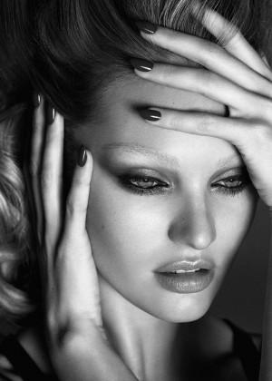 Candice Swanepoel: Lui Magazine 2015 -02