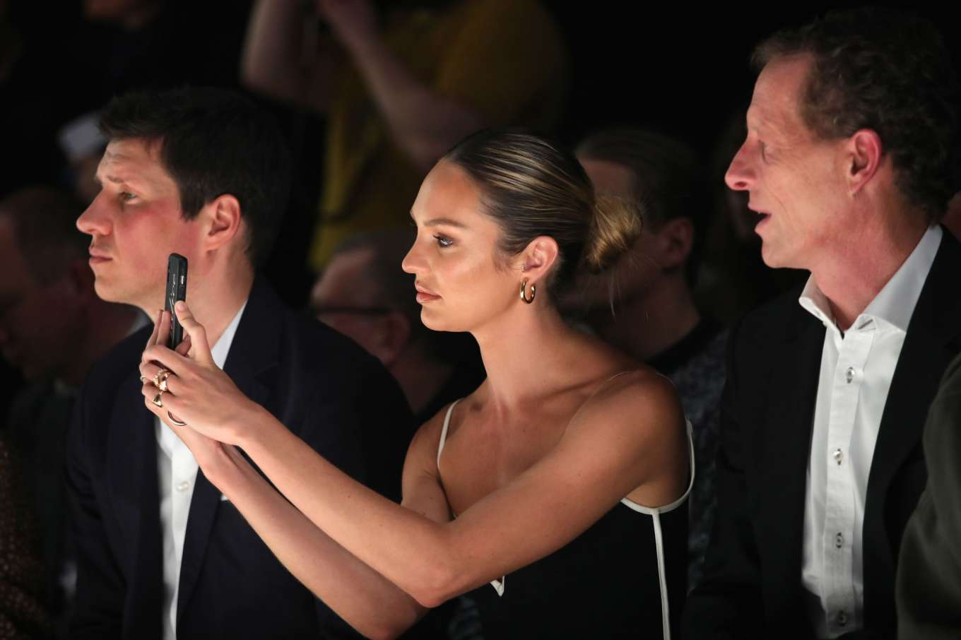 Candice Swanepoel 2020 : Candice Swanepoel – Mercedes-Benz presents Fashion Talents from South Africa show-02