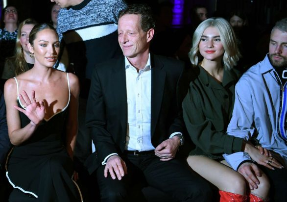Candice Swanepoel 2020 : Candice Swanepoel – Mercedes-Benz presents Fashion Talents from South Africa show-06