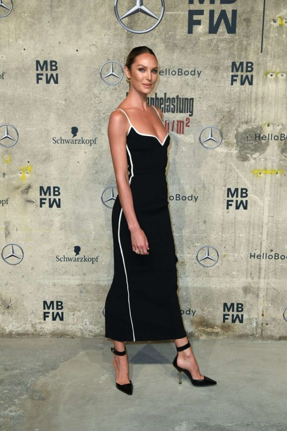 Candice Swanepoel 2020 : Candice Swanepoel – Mercedes-Benz presents Fashion Talents from South Africa show-08
