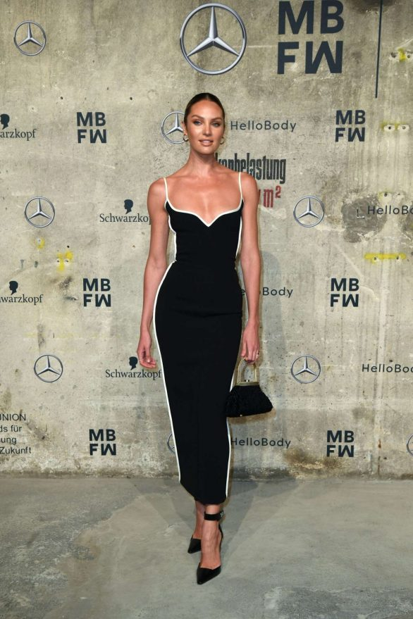 Candice Swanepoel 2020 : Candice Swanepoel – Mercedes-Benz presents Fashion Talents from South Africa show-14
