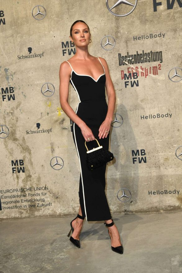 Candice Swanepoel 2020 : Candice Swanepoel – Mercedes-Benz presents Fashion Talents from South Africa show-17