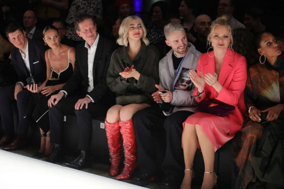 Candice Swanepoel 2020 : Candice Swanepoel – Mercedes-Benz presents Fashion Talents from South Africa show-19