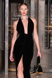 Candice Swanepoel - Oscar de la Renta at 2020 New York Fashion Week