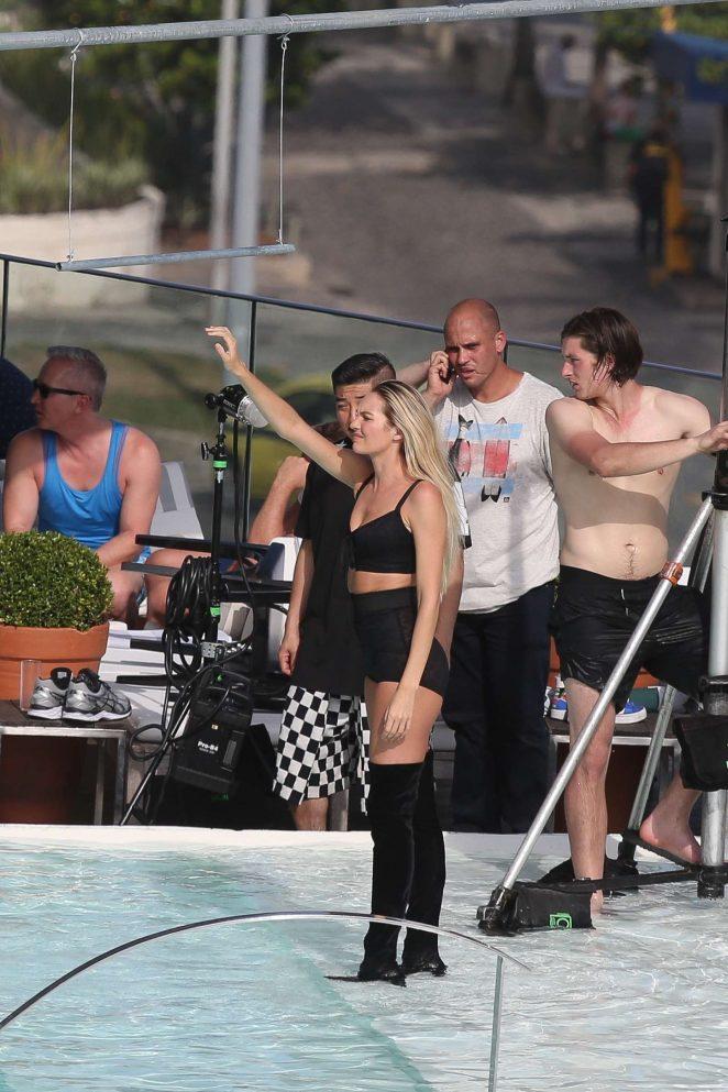 Candice Swanepoel Photoshoot for Vogue Brazil -05