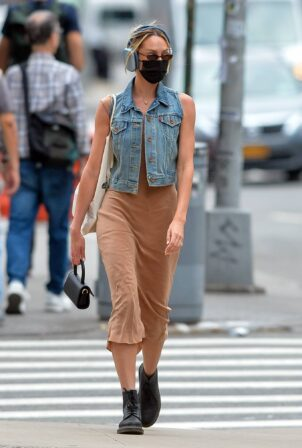 Candice Swanepoel - Steps out in Manhattan