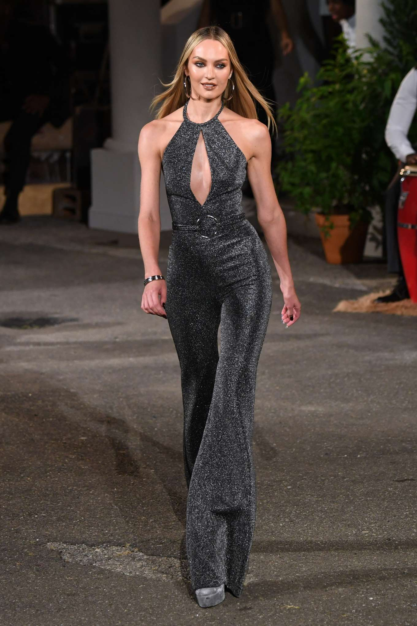 Candice Swanepoel 2019 : Candice Swanepoel – Tommy Hilfiger Runway Show SS 2020-13