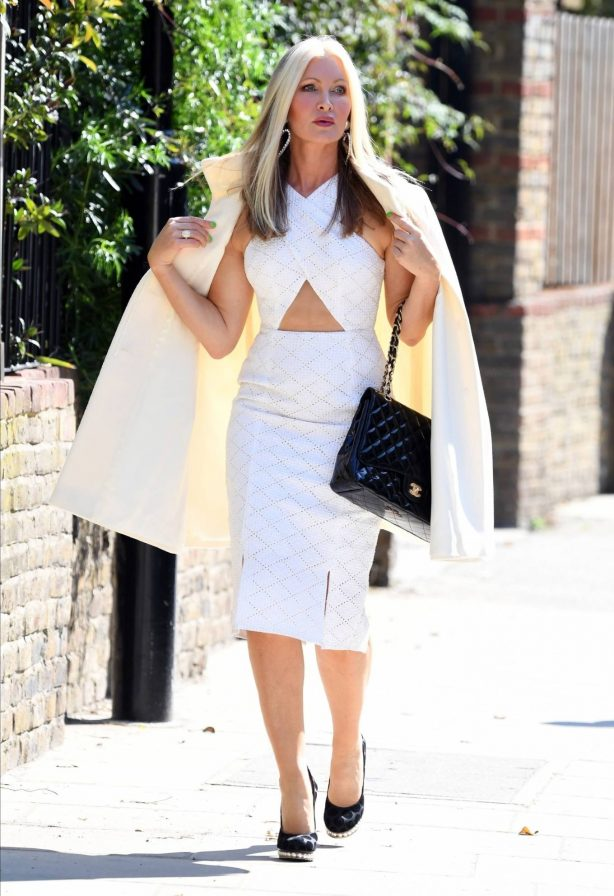 Caprice Bourret - Look classy while heading out in London