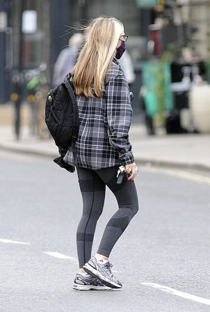 Caprice Bourret - Make-up free out in London