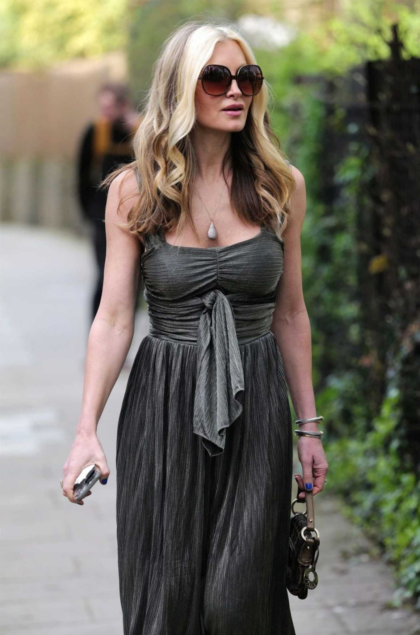 Caprice Bourret 2020 : Caprice Bourret – Out in London-12