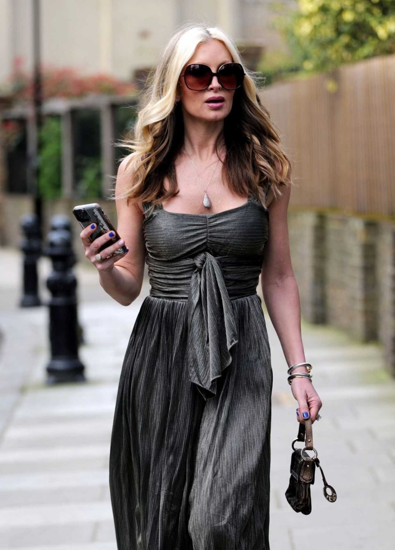 Caprice Bourret 2020 : Caprice Bourret – Out in London-18