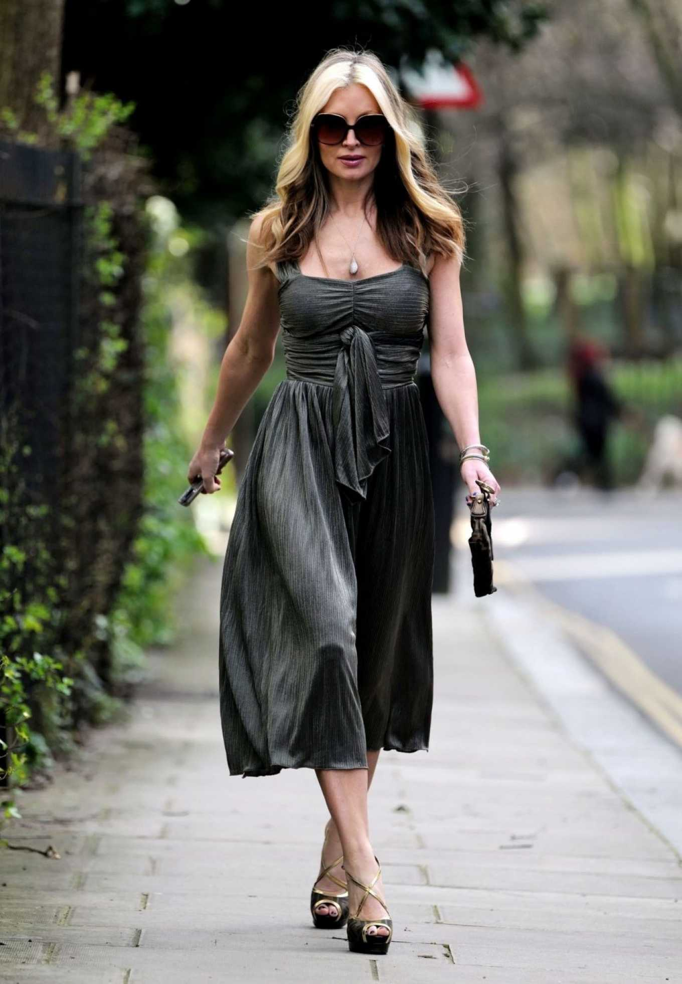 Caprice Bourret 2020 : Caprice Bourret – Out in London-22