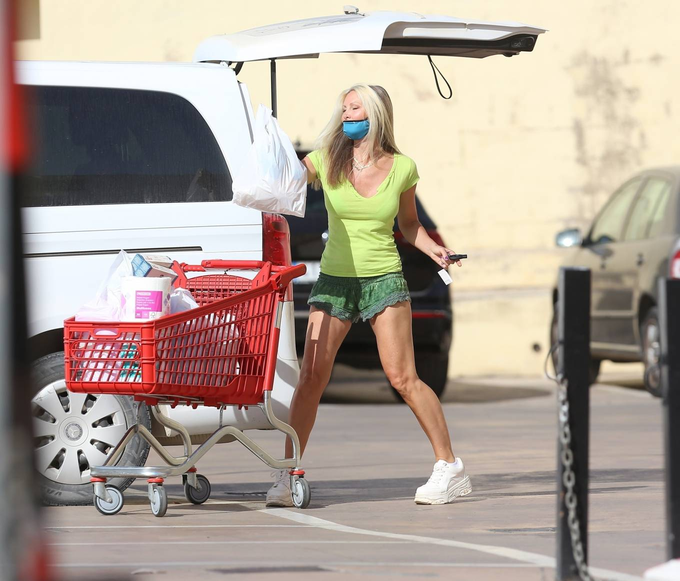 Caprice 2020 : Caprice – Seen at supermarket in Ibiza-14
