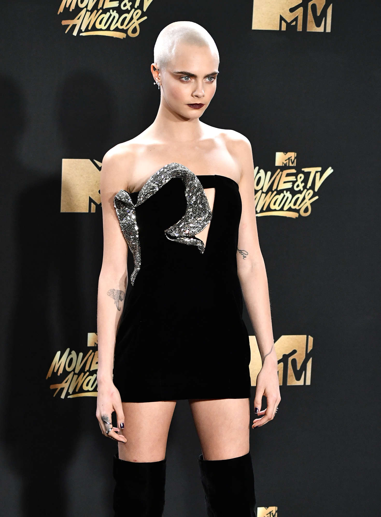 Cara Delevingne 2017 Mtv Movie And Tv Awards In Los Angeles