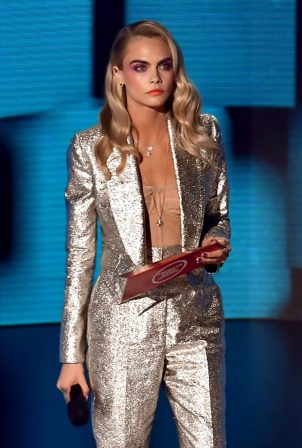 Cara Delevingne - 2020 American Music Awards in Los Angeles