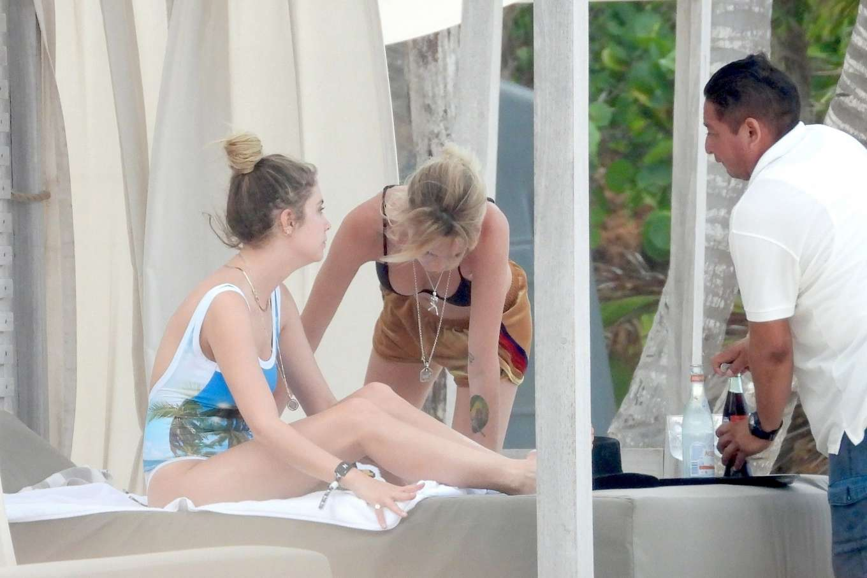 Cara Delevingne 2019 : Cara Delevingne and Ashley Benson in Bikini 2019-02