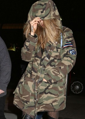 Cara Delevingne Arrives at JFK Airport in NYC