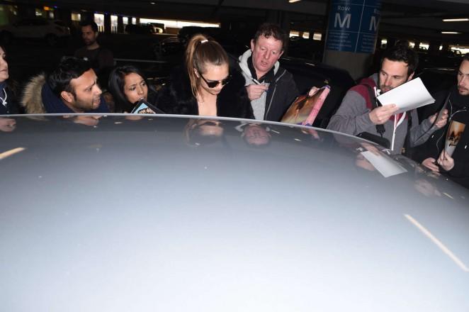 Cara Delevingne 2015 : Cara Delevingne at Heathrow Airport -48