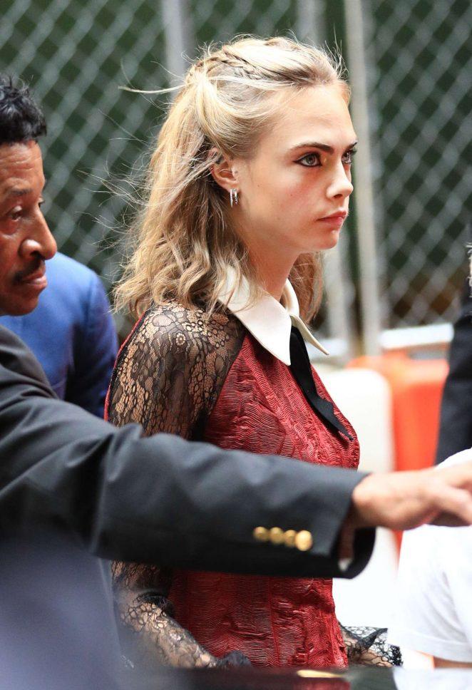 Cara Delevingne – Arriving in GMA Studio in NYC