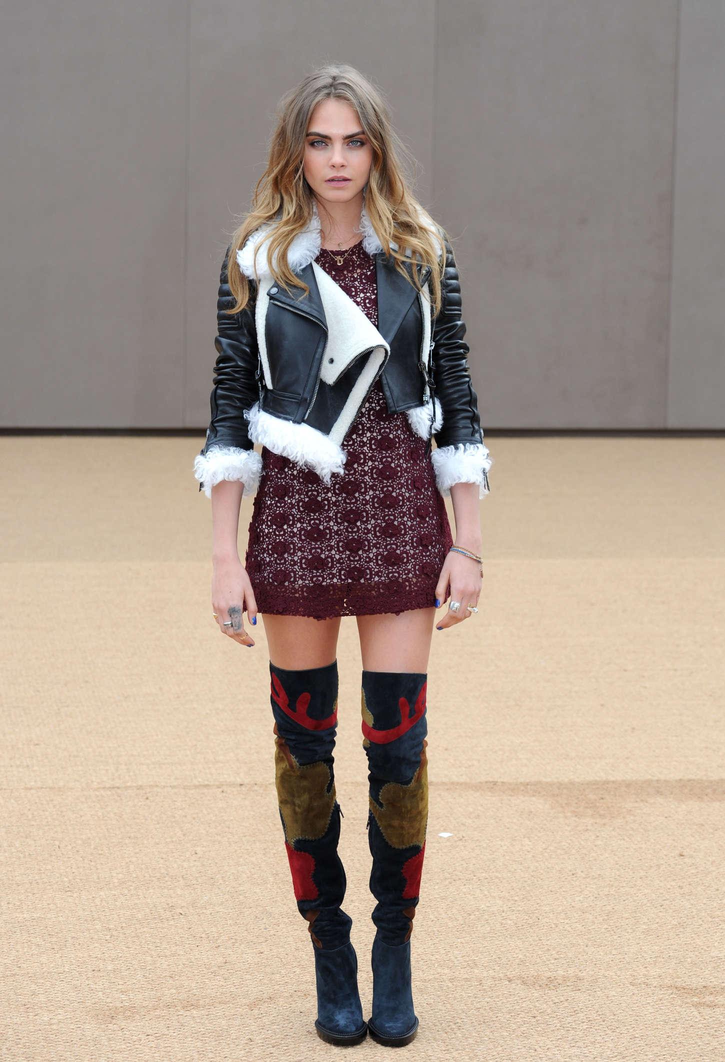 ... gallery Cara Delevingne – Burberry Prorsum Fashion Show in London