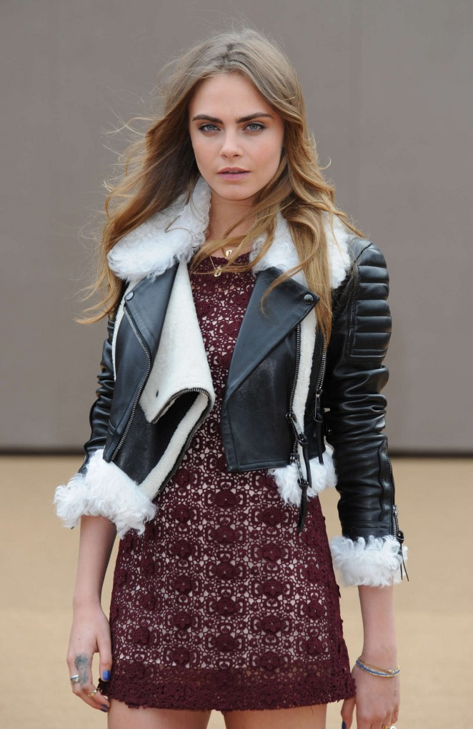 Cara Delevingne - Burberry Prorsum Fashion Show 2015 in London