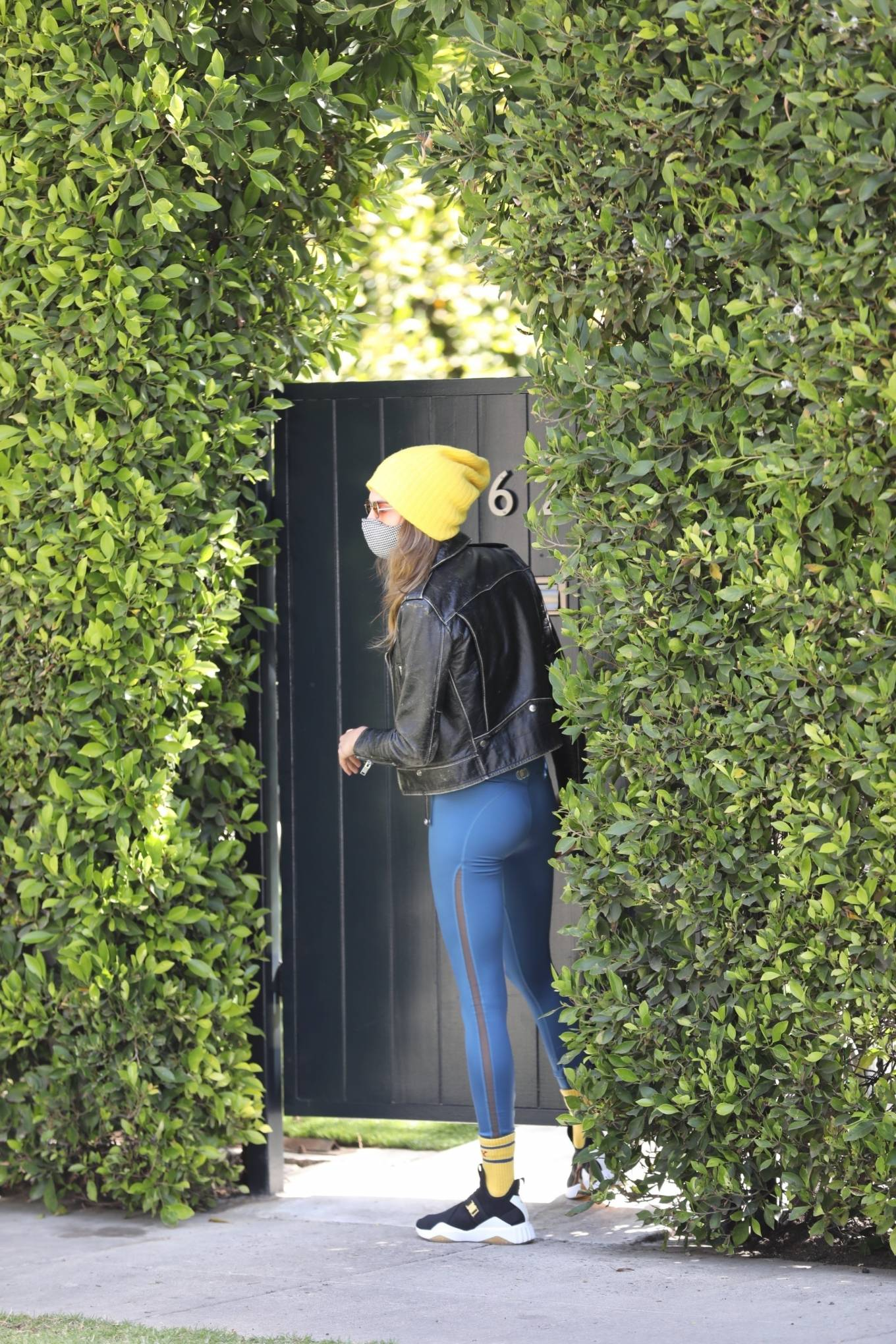 Cara Delevingne 2021 : Cara Delevingne – In a skinny jeans and leather jacket in West Hollywood-03