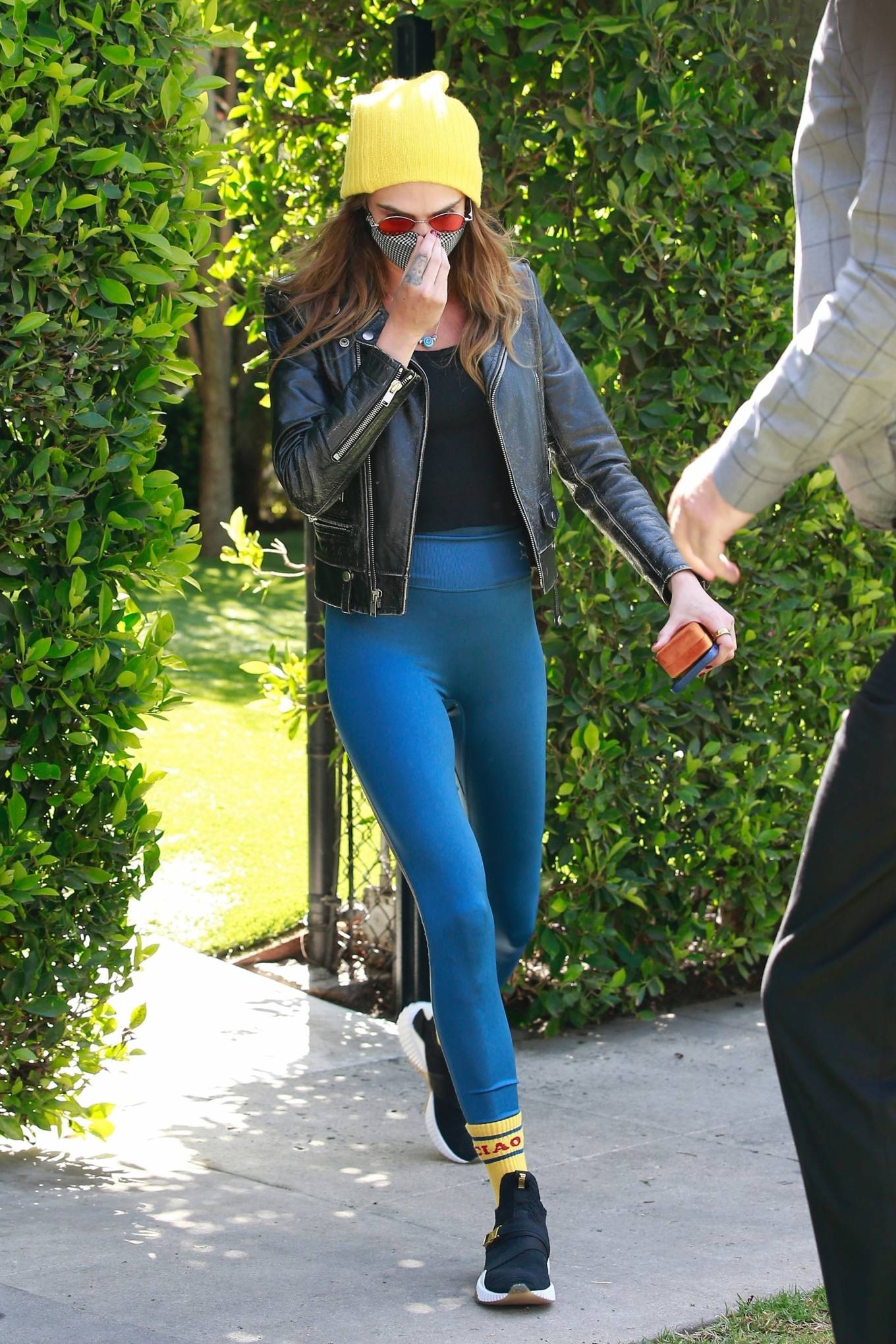 Cara Delevingne 2021 : Cara Delevingne – In a skinny jeans and leather jacket in West Hollywood-23