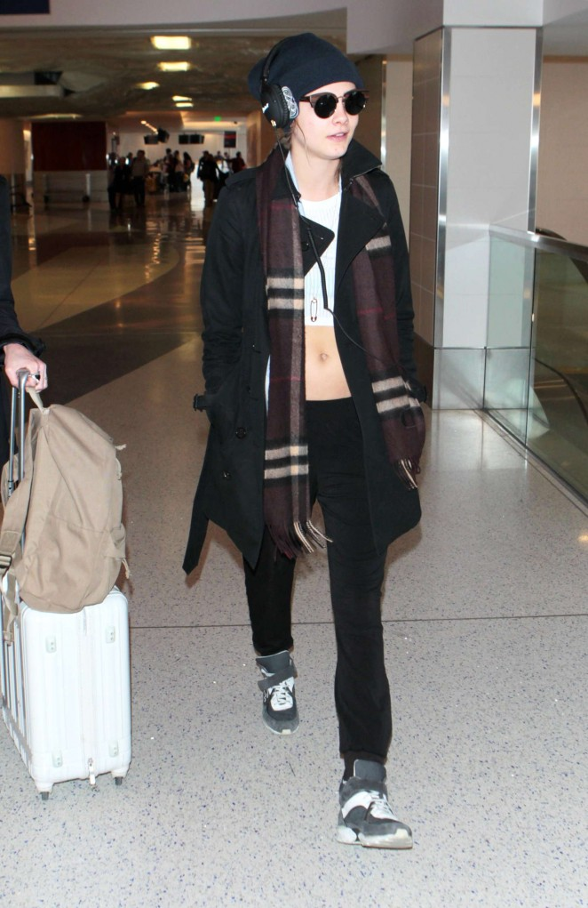 Cara Delevingne – LAX Airport in LA
