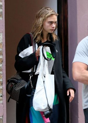 Cara Delevingne - Leaves Taylor Swift's apartment in New York