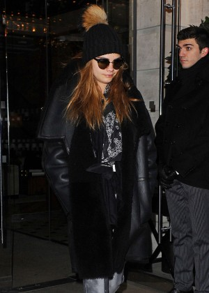 Cara Delevingne - Leaving her hotel in London