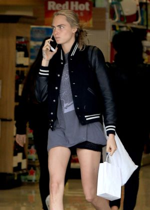 Cara Delevingne - Out shopping in Beverly Hills