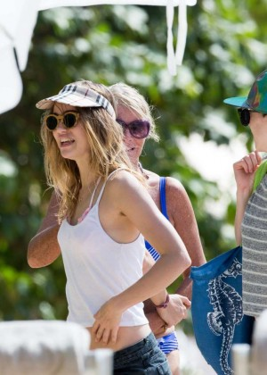 Cara Delevingne with Annie Clark and Suki Waterhouse: on the beach in Barbados-19