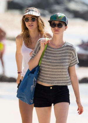 Cara Delevingne with Annie Clark and Suki Waterhouse: on the beach in Barbados-34