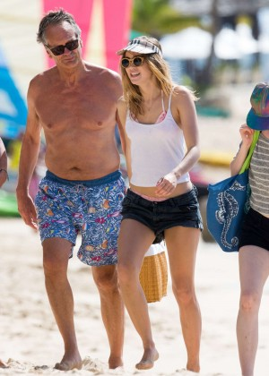 Cara Delevingne with Annie Clark and Suki Waterhouse: on the beach in Barbados-37