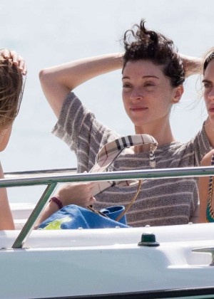 Cara Delevingne with Annie Clark and Suki Waterhouse: on the beach in Barbados-44