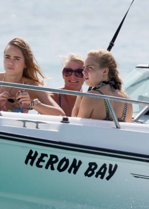 Cara Delevingne with Annie Clark and Suki Waterhouse: on the beach in Barbados-47
