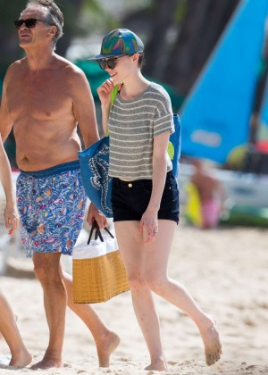 Cara Delevingne with Annie Clark and Suki Waterhouse: on the beach in Barbados-55