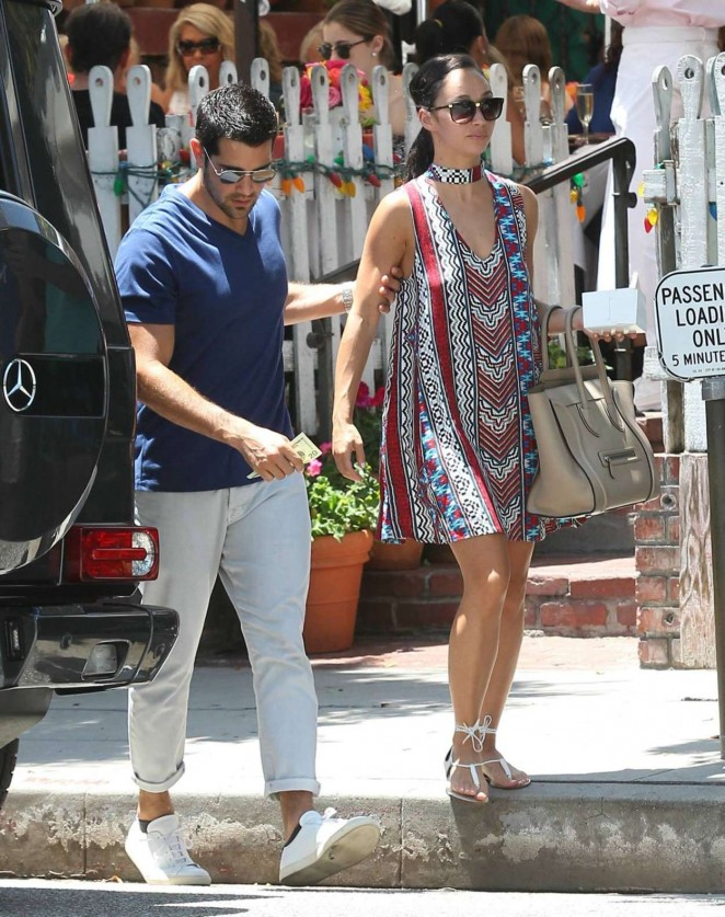 Cara Santana and Jesse Metcalfe at Lunch Date in Beverly Hills