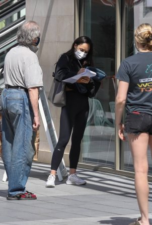 Cara Santana - In black leggings while out getting a COVID test in Los Angeles