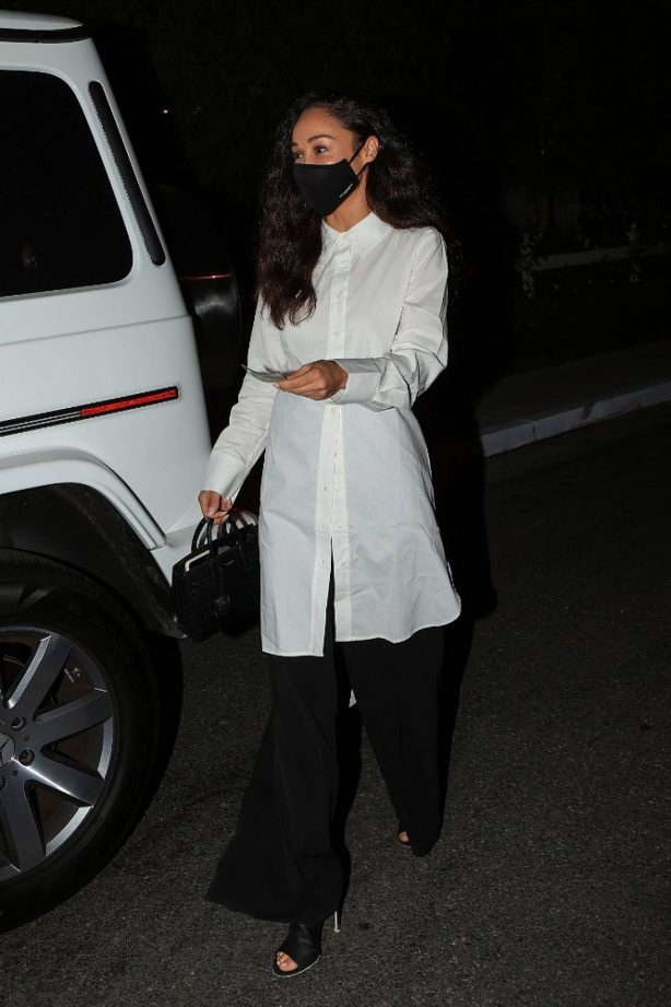 Cara Santana - Out for a dinner at the San Vicente Bungalows in Los Angeles